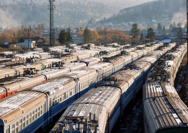 今年頭四個月從日本經西伯利亞大鐵路的集裝箱運輸量增加56%
