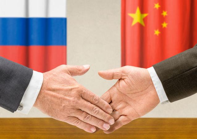 普京总统:首届俄中能源论坛将在北京举行