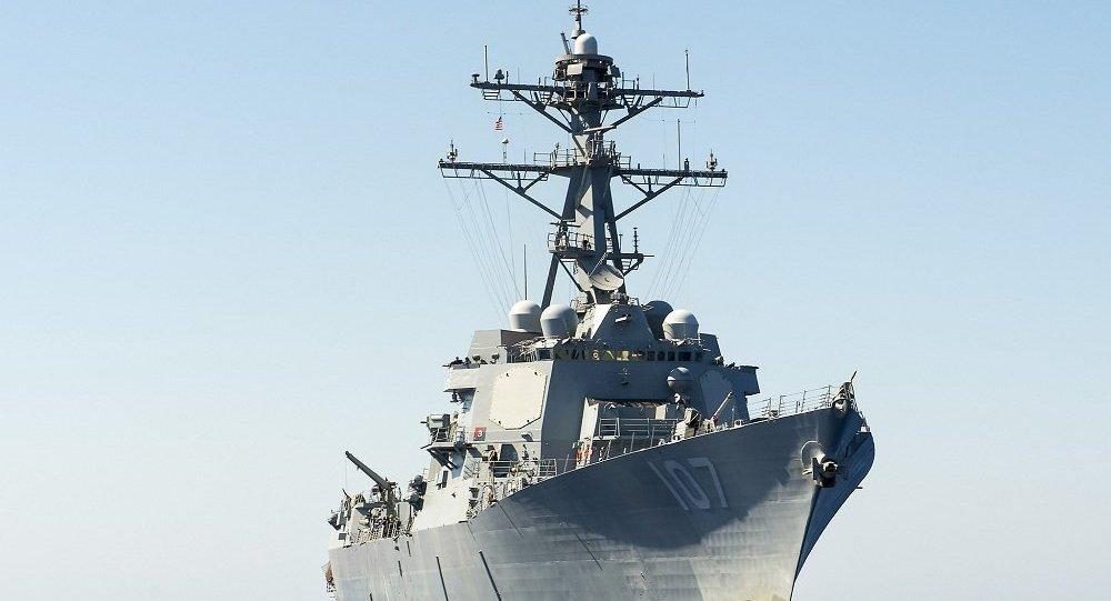 媒體:美國海軍驅逐艦在南海爭議島嶼附近巡邏