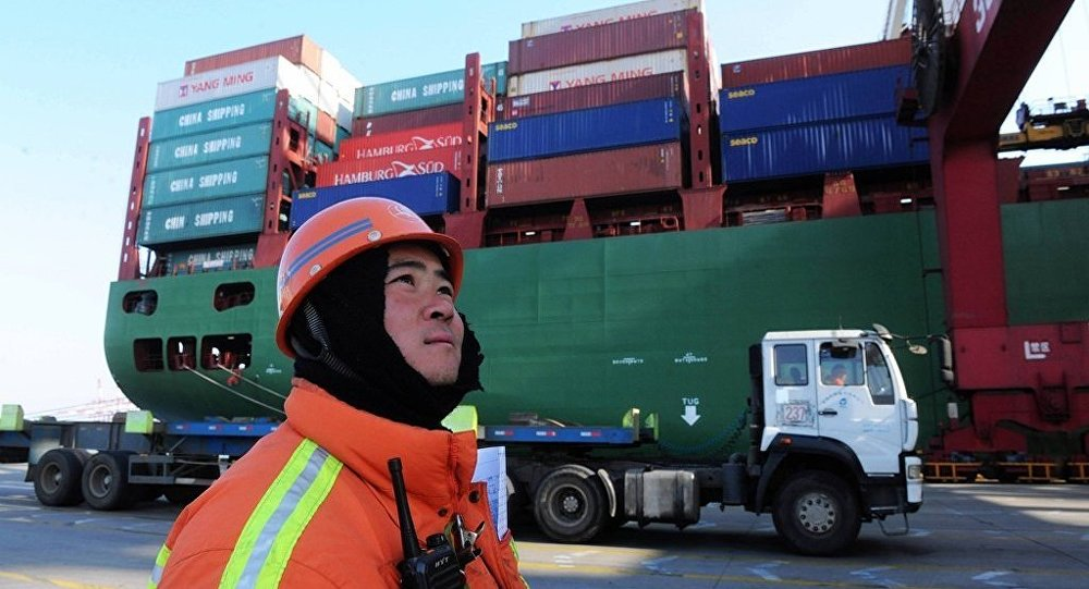中国常州海关首次从俄进口34吨琥珀原石