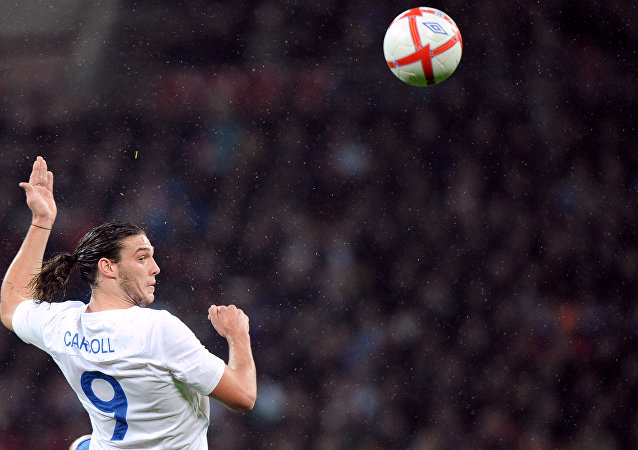 中国足球俱乐部愿向英格兰前锋卡罗尔支付30万镑周薪
