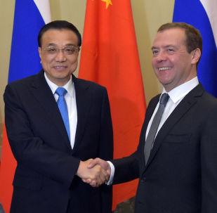 俄总理将与李克强讨论大型项目的落实情况
