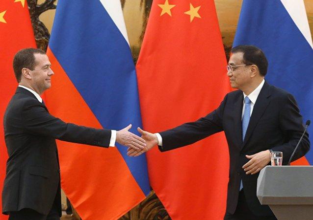 俄罗斯总理梅德韦杰夫和中国国务院总理李克强将在9月17日举行会晤