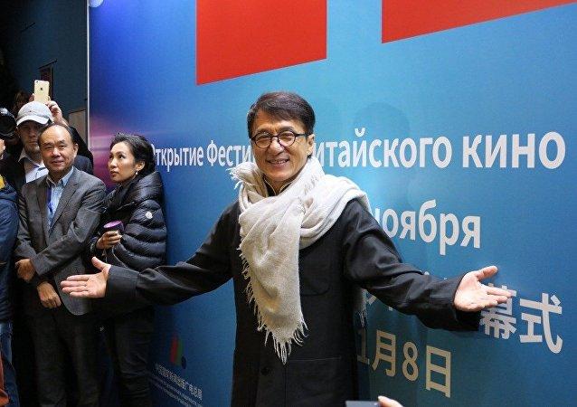 成龙 : 俄罗斯电影人的职业操守和精神值得学习