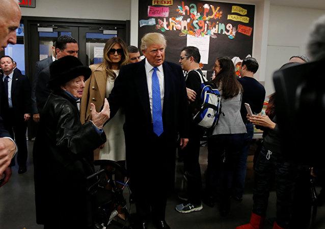 特朗普表示投票机器出故障有利于民主党