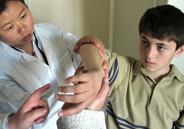 鹤岗将在哈巴罗夫斯克市建立中医康复门诊