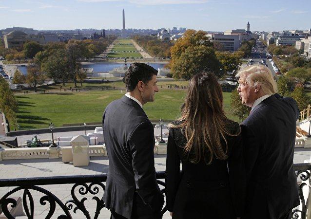 Дональд Трамп в Белом Доме.