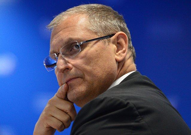 俄總理責成俄經濟發展部副部長臨時履行部長職責