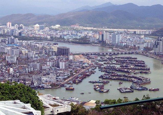 中国政府批准设立中国海南自由贸易试验区