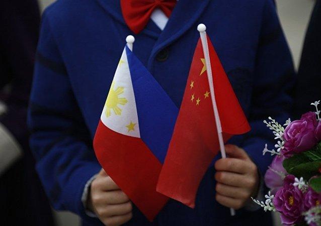 中國、菲律賓國旗
