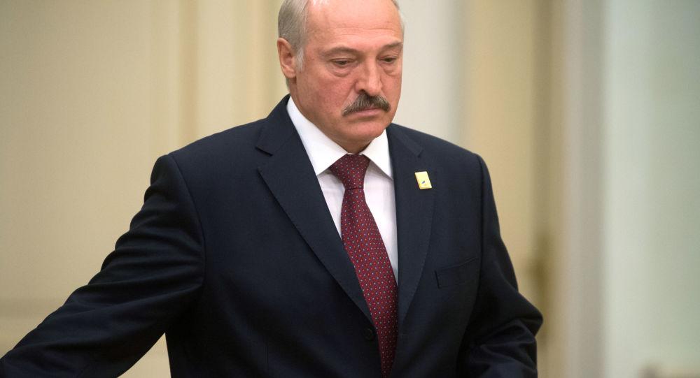 白俄總統前往中國開始進行工作訪問