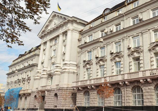 乌国安局:顿巴斯汽车炸弹爆炸导致一名国安局上校身亡