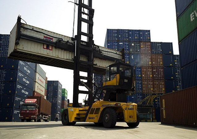 美财长:中美间不存在贸易战但美方有意捍卫自己利益