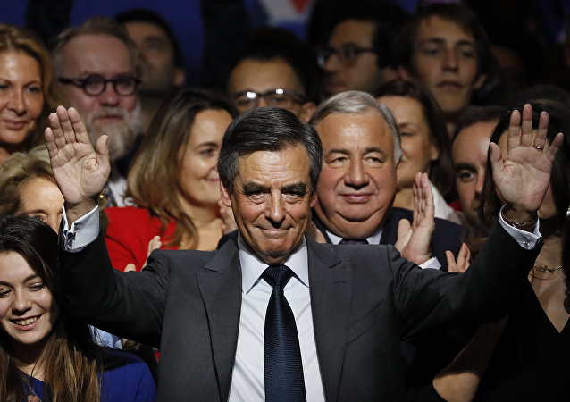 民调:法国人希望菲永放弃参加总统大选