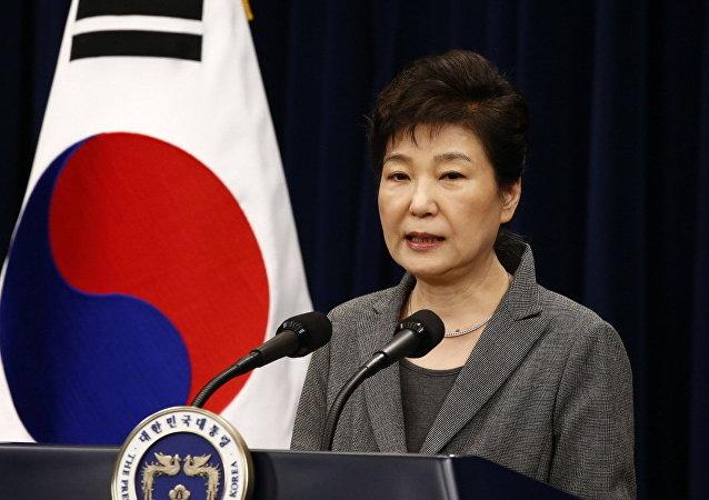 朴槿惠计划向韩国人民发表讲话并否认腐败指控