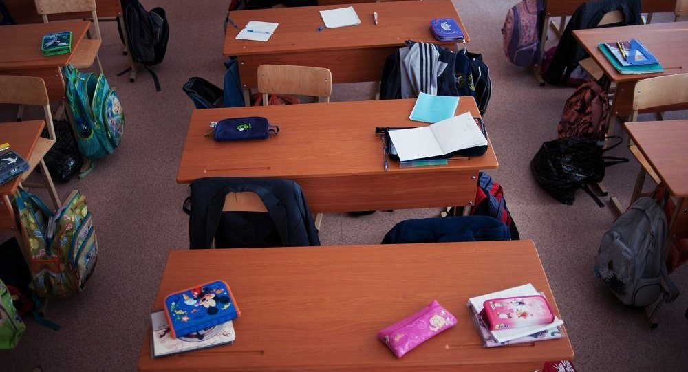 报告:俄罗斯家长每年花费2.5万卢布用于孩子的课外教育