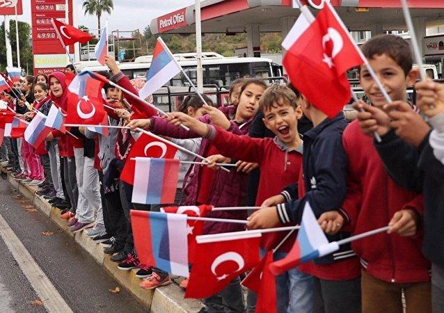 俄杜马主席:杜马代表团2018年将访问土耳其