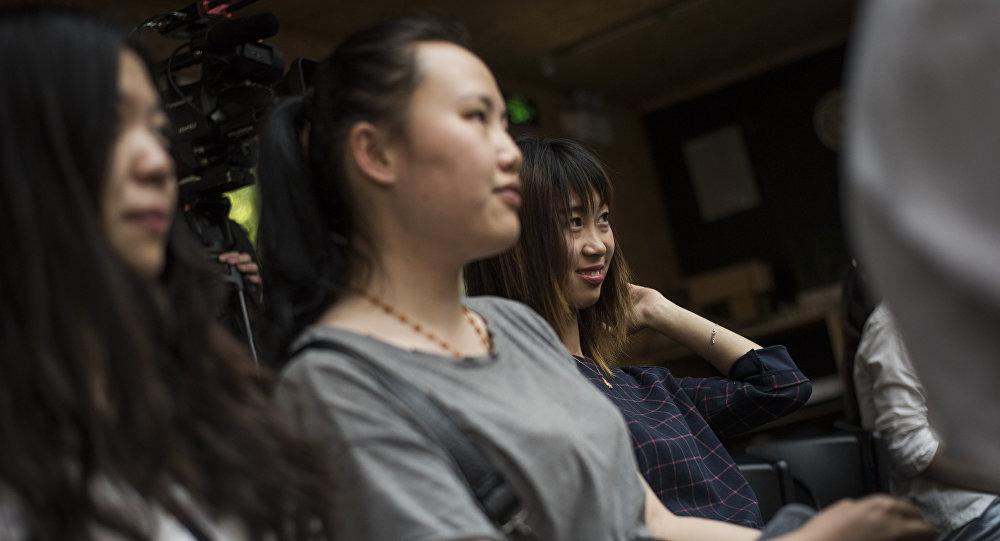 俄科學和高等教育部:在俄中國留學生越來越傾向於選擇非語言專業