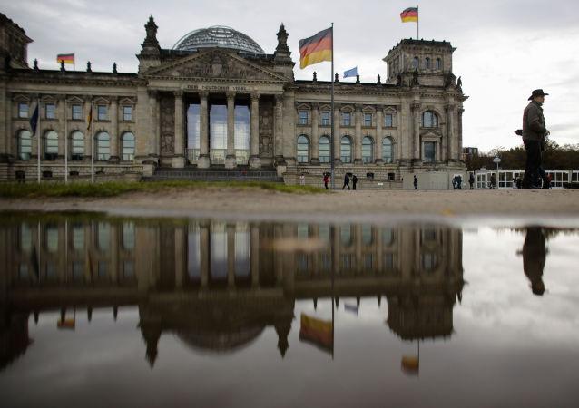 德国主要政党向总统承诺将再次尝试组阁