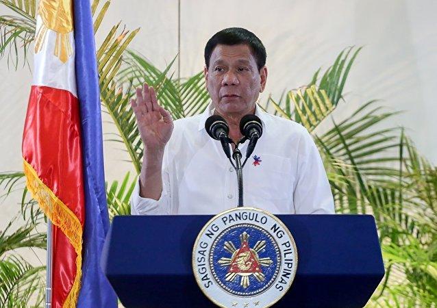 菲律宾总统:马尼拉可能停止输出矿产