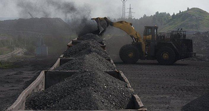 俄能源部预计2017年俄煤炭产量将达4亿吨