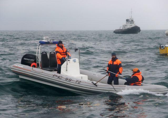 俄官员:多数图-154飞机遇难乘客遗体或仍在机舱内