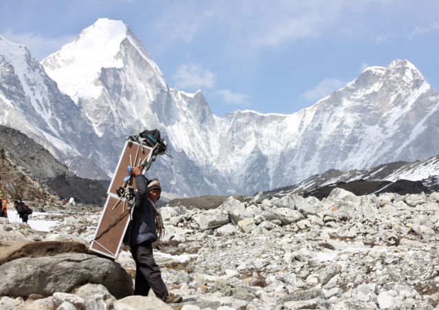 中国西藏自治区发生4.7级地震