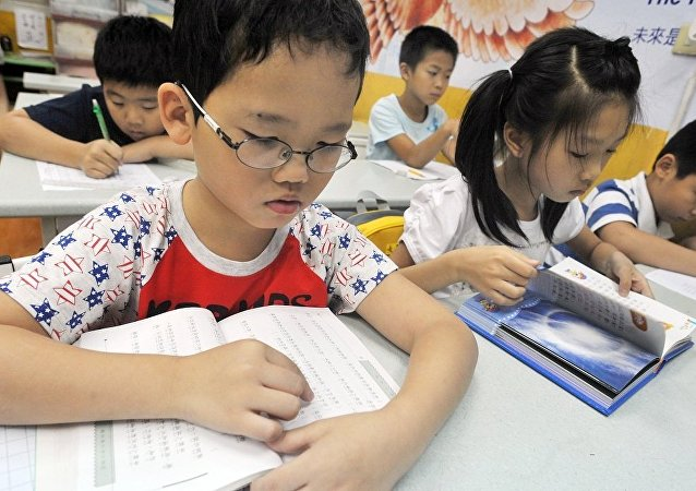台湾约500名儿童因使用学校午餐而食物中毒