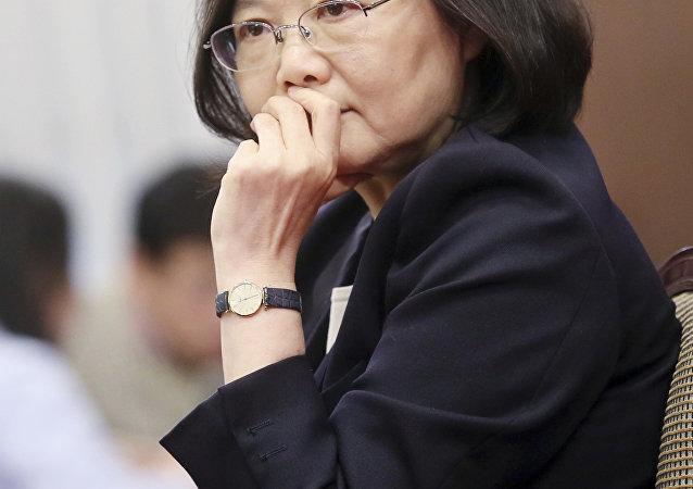 """中方敦促美方勿允许台湾地区领导人""""过境""""美国"""