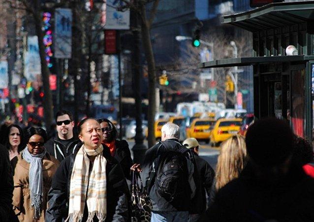 民調:近半美國人認為本國的移民法世界最差