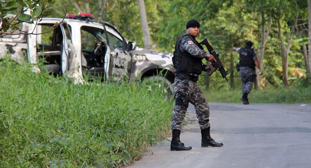 一名西班牙游客成了里约热内卢警方行动的受害者