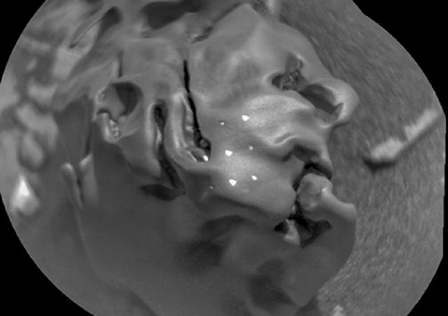 好奇号火星车再次发现陨石