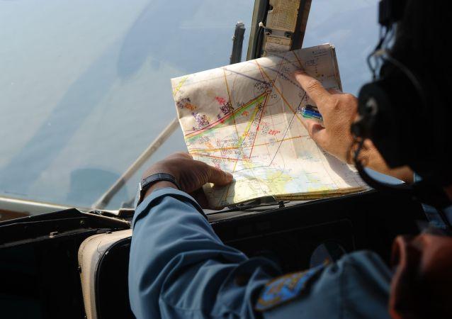 缅甸失踪的军用飞机残骸在海中被找到