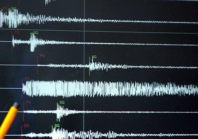 專家:地震導致希臘一島嶼位移3釐米