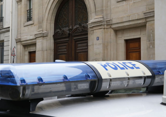 戛納一家珠寶店1500萬歐元遭到搶劫
