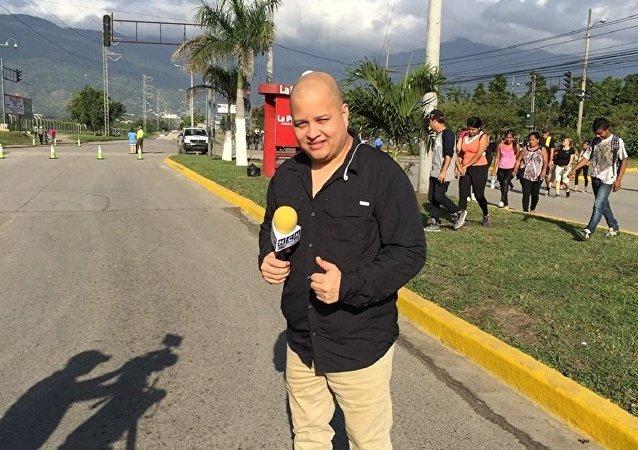 記者Igor Padilla