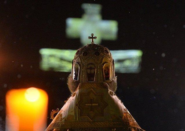 俄罗斯东正教教堂为神职人员的视频博客提供建议