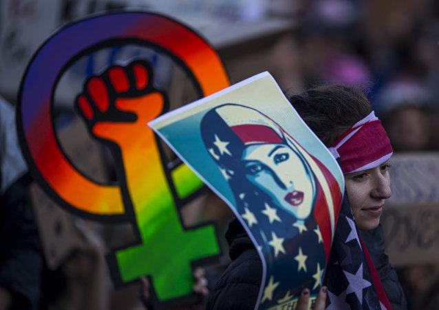 全美国各地约200万人参加女权大游行