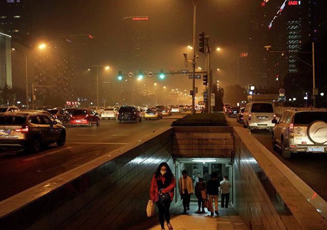 媒体:燃放爆竹或导致北京大年初一空气重度污染