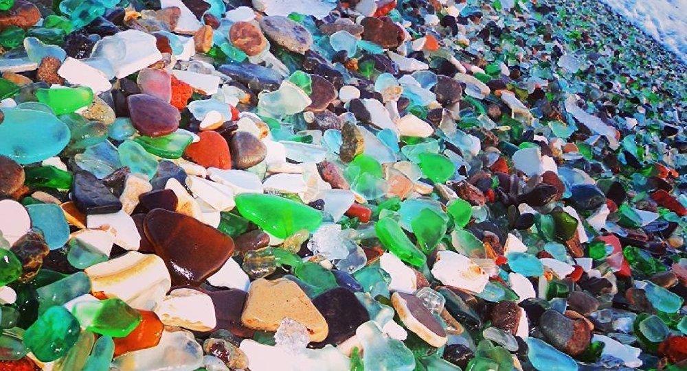 符拉迪沃斯托克玻璃海灘