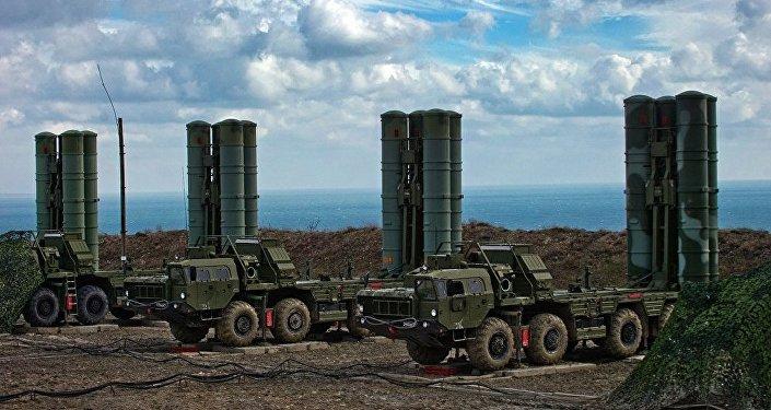 俄空天軍:S-400導彈系統接裝能夠摧毀近太空目標的導彈