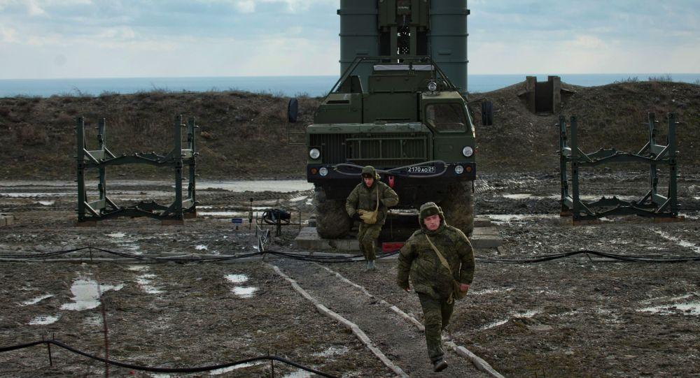 第二个S-400防空导弹营在克里米亚进入战斗值勤
