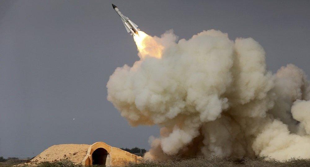 伊朗一年多以來首次進行彈道導彈試射