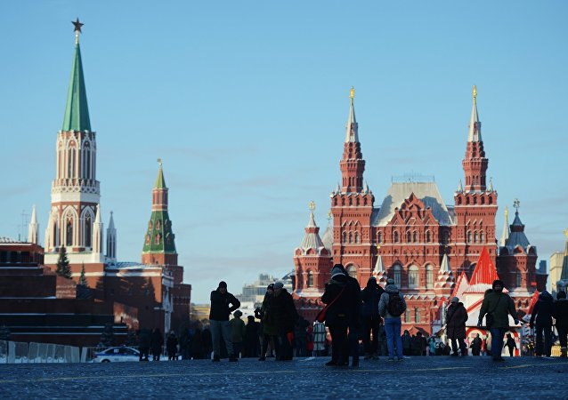 俄國家歷史博物館(右邊)