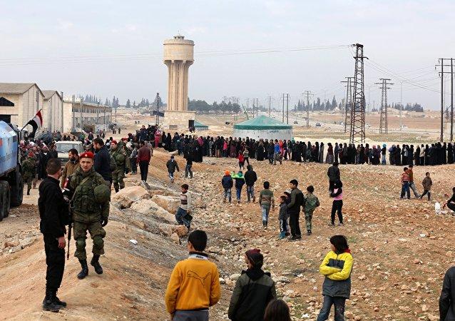 俄將約1萬噸人道主義物資運抵敘利亞