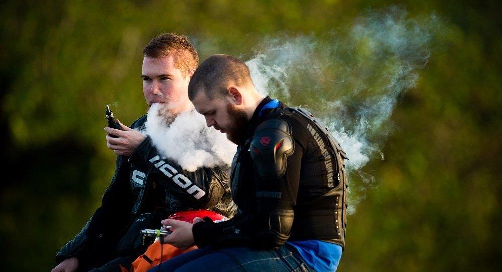 專家稱電子煙增加罹患致死重病的風險