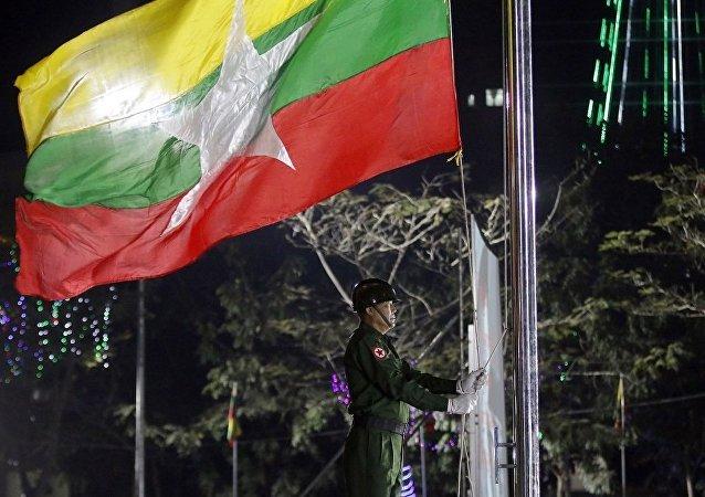 外媒:2016年缅甸外债减少五亿四千万美元