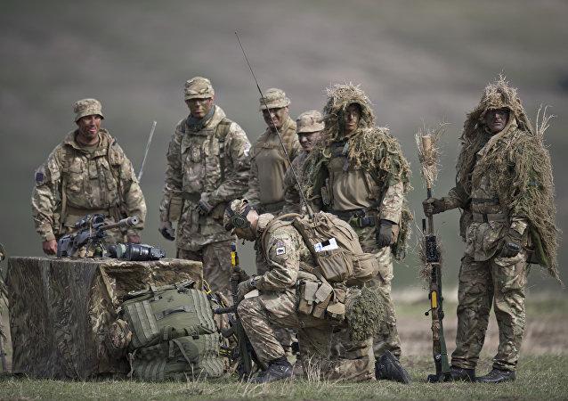 英国在动用无人机的演习中演练与俄作战