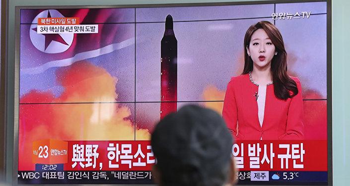 """韩国军方:朝鲜发射了""""劳动""""中程导弹"""