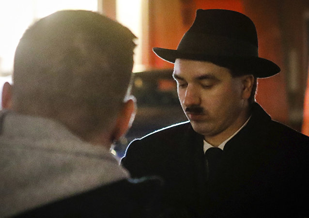模仿希特勒的男子被奧地利警方拘留